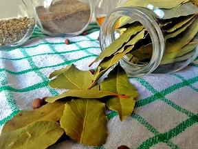 Bobkový list má silné aroma. Jen málokdo ví, že má také protizánětlivé účinky a
