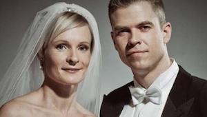 Krásné svatební fotografie, ale podívejte se blíž… budete překvapeni!