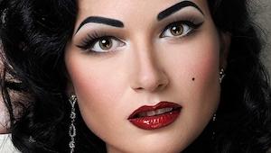 Když uvidíš, jak tato žena vypadá bez make-upu budeš v opravdovém šoku.