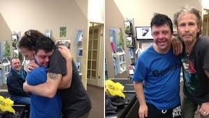 Jistý fanoušek potkal Stevena Tylera. Reakce zpěváka dojímá k slzám!