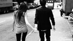 Muž se s někým schází, přestože je ženatý. Když si však přečteš jeho přiznání, p