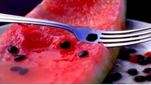Semínka z melounu rozhodně nevyhazujte! Během jejich vaření ve vodě dochází k uv