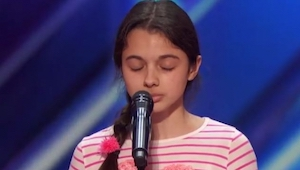 Porotci si nebyli jisti, jestli z úst této dívky uslyší vůbec cokoliv, ale když