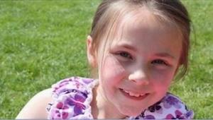 9letá holčička zahynula při tragické nehodě. O několik měsíců později o jejím př