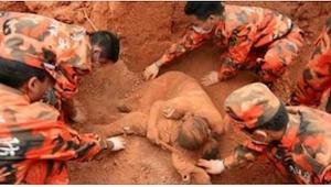 To, co udělala tahle umírající žena, je největším důkazem mateřské lásky!