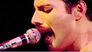 Tato verze We are the champions, je důkazem toho, že takový hlas jako Freddie ne