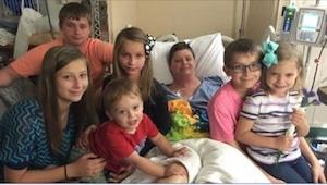 Umírající žena svěřila svých 6 dětí do péče někoho, koho neviděla už více než 20