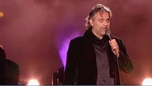 Bocelli zazpíval nádhernou píseň Elvise způsobem, který nás naprosto okouzlil!