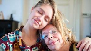 Nejnovější studie prokázala, že vaše mámy budou žít déle, pokud je budete častěj