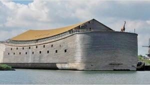 Tesař stavěl obrovskou archu 7 let - uvnitř vypadá úžasně!