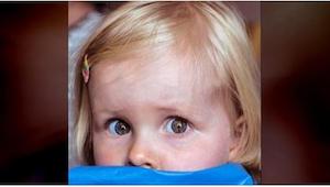 Čtveřice dětí se bojí vlastní mámy. Když dospějí, mají jí toho hodně co říct.