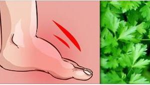 Chcete se zbavit otoků nohou? Jděte do zahrady pro tuto rostlinu.