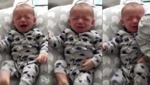 Novorozeně nemůže přestat plakat a tehdy mu jeho táta vloží do rukou špinavé tri
