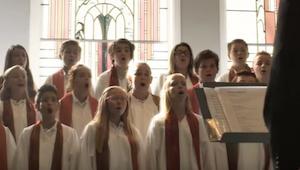Až uslyšíte zpěv dětského chóru, budete mít husí kůži. Andělské hlasy!