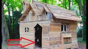 Umělec postavil jedinečný domeček z dřevěných palet - vypadá jako z pohádky!