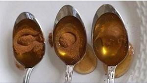 To, co s organismem udělá med a skořice, je fenomenální!