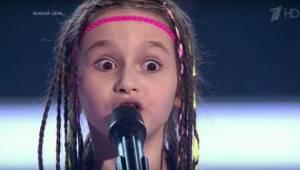 Když se na scéně ruské talentové soutěže objevila holčička a 2 chlapečci, každý