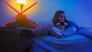 Vážný důvod, kvůli kterému nemůže dítě spát při zapnutém světle!