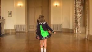 To, jak tančí tyto holčičky, je neuvěřitelné! Neodtrhnete oči od jejich nohou.