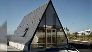 Konstrukce tohoto domu trvá pouhých 6 hodin a cena je 693 000 Kč.