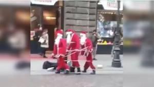 Trojice Santů tančí na ulici. Když se lidé jdou podívat blíž, nevěří svým očím!