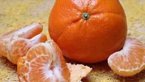 Lékaři varují – při loupání mandarinek nedělejte tuto chybu!