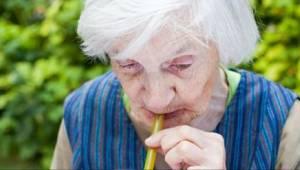 Lékaři varují – pití TOHOTO nápoje zvyšuje riziko demence až trojnásobně!