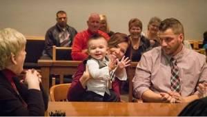Dítě řeklo u soudu jediné slovo a soudce okamžitě věděl, že se rozhodl dobře.
