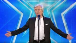 Ve věku 68 let ukázal světu svůj talent! To je ale hlas!